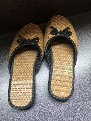🚚 全新編織便鞋(黑色)