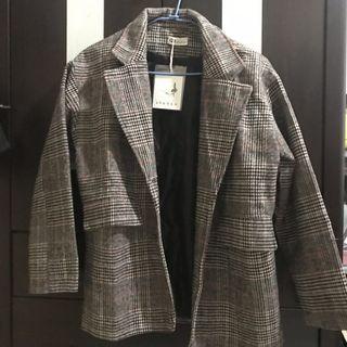 🚚 西裝外套 喜歡歡迎議價