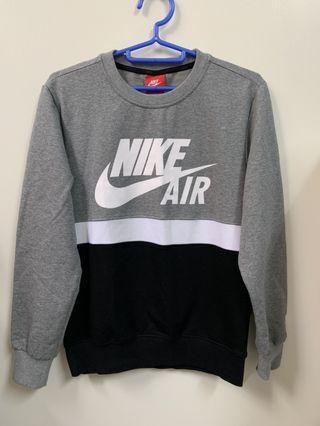 Nike 三色大學T