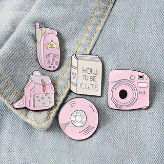[BUY 3 FREE 1] tumblr girl Polaroid camera enamel pin