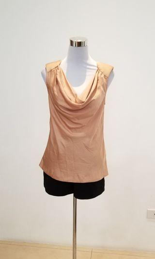 BNWT max and co. sleeveless top