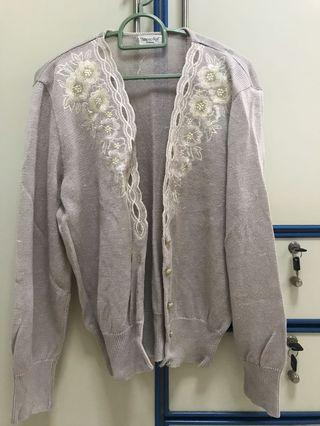 🚚 Flower Embroidery Light Grey Cardigan