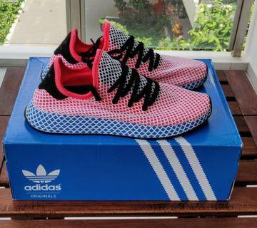 the latest 0b613 13b67 Adidas Deerupt Runner pink blue UK 11   US 11.5