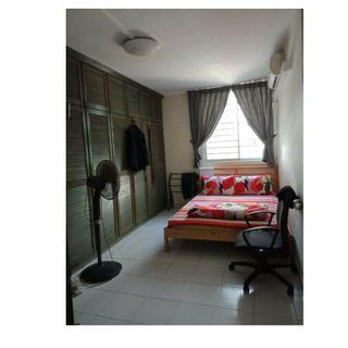 Common room at 320 ubi avenue 1 for rent! Aircon wifi!