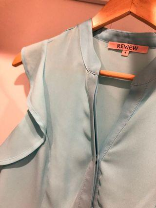 Review Tiffany Blue Blouse