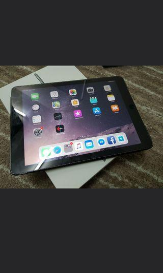 Apple iPad Air 2, 128GB, WiFi, Excellent Condition