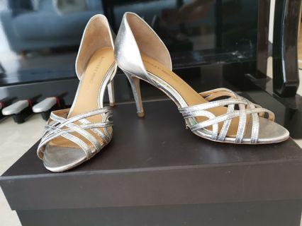 da4bc490eac0 badgley mischka heel
