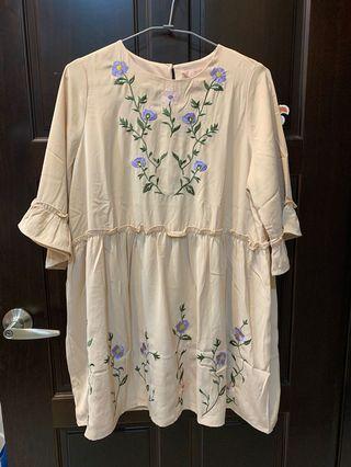 民俗風 刺繡風 米色洋裝