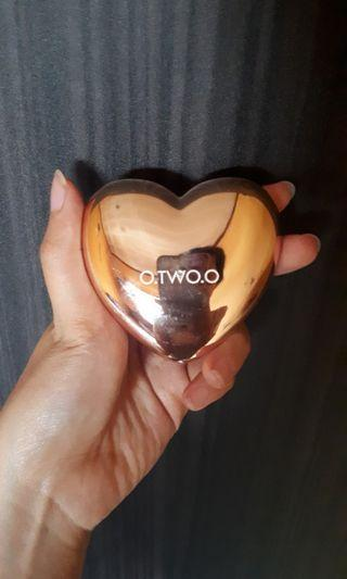 O TWO O love highlighter powder #03