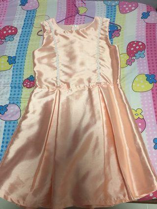 🚚 Peach colour sleeveless dresses