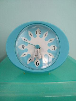 響鬧座檯鐘 闹钟 鬧鐘 响闹座台钟 Alarm clock