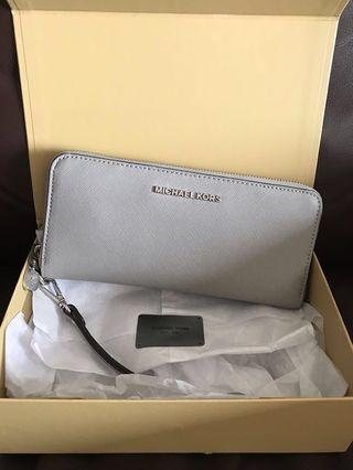 PRELOVED (PRISTINE CONDITION) MICHAEL KORS LARGE ZIP WALLET IN SAFFIANO LEATHER