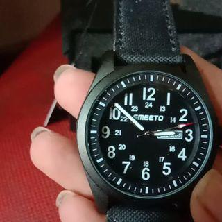 Jam tangan SMEETO wacth.