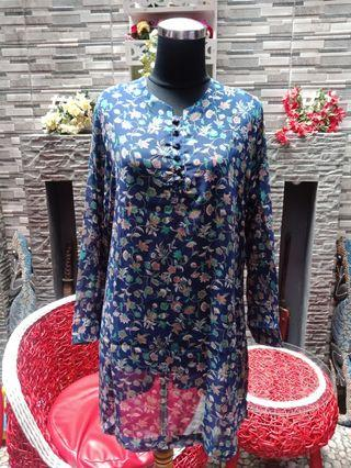 Blouse panjang Navy Flower