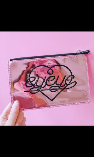 🚚 EYEYE purse/card holder