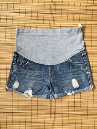 Maternity denim shorts 34 inches hipline