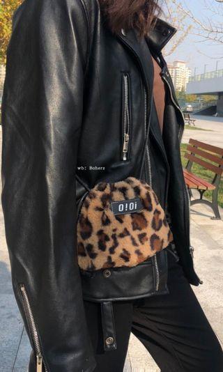 O!O! leopard print bag