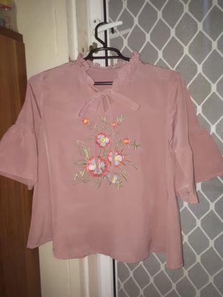 Atasan pink motif bunga bordir