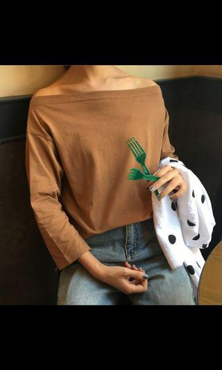 🚚 brown off shoulder top