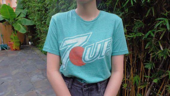 7up tshirt