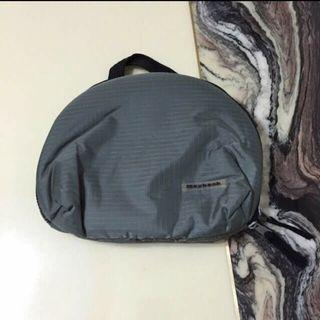BN Maybank Multiple Compartment Pouch