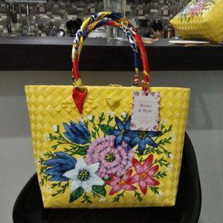 🚚 Plastic Straw Mat Hand Painted Handbags