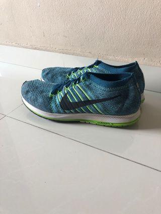 33e62d8f5b4c Nike Zoom Flyknit Streak