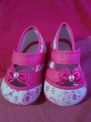 Baby floral shoes