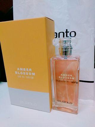 Elianto Amber Blossom perfume