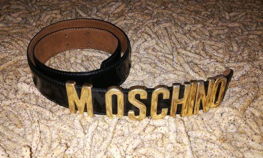 🚚 Vintage Moschino