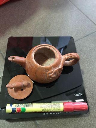 🚚 Old stoneware teapot