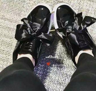 Puma黑色緞帶鞋