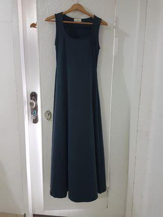 Emrald green long dress #est50