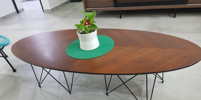 🚚 Coffee Table special design