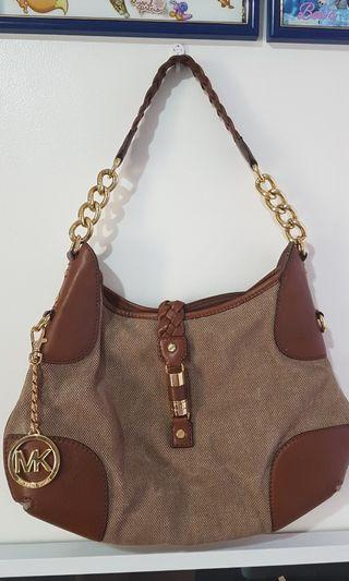Slightly Used Authentic Michael Kors Shoulder Bag