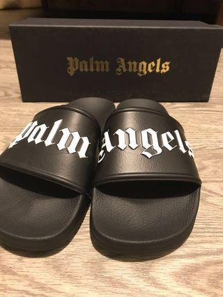 🚚 Palm Angels Slides