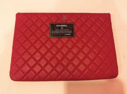 Chanel lambskin o case large