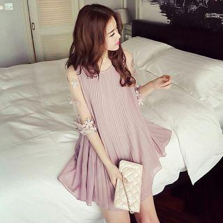 Instock Clearing Flower Floral Embroidery Pattern Mesh Half Sleeve Pleated Pattern Dress with Inner Layer Pink Ulzzang