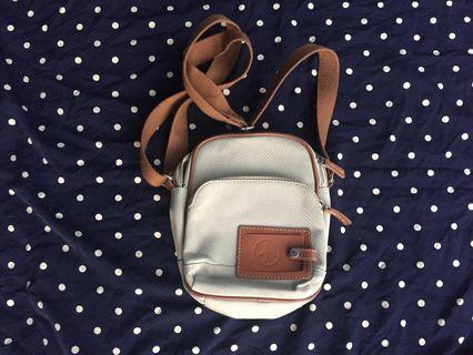 Vlomonor sling bag