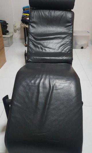 Reclining chair chaise lounge