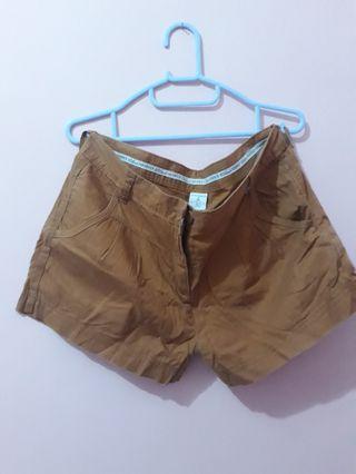 Celana Pendek Uk. XL 4pcs 100rb