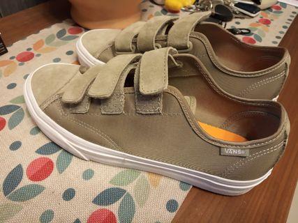 VANS Style Boom Boom Sneakers