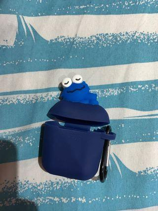 🚚 Cookie Monster Airpods Case