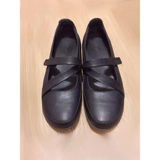 La new DCS舒適動能氣墊休閒鞋