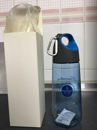 Blue waterbottle