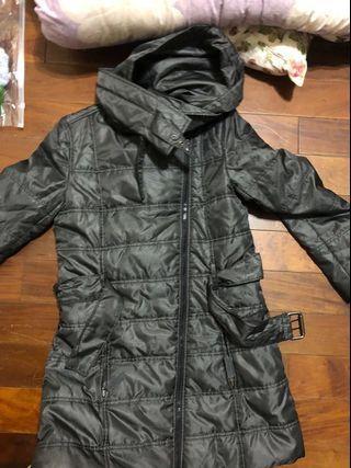 🚚 台灣用不到的大衣