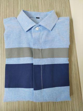 淺藍色長袖裇衫