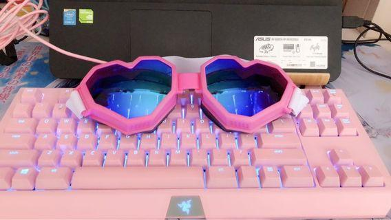 ESQAPE PINK HEART SNOW GOGGLES