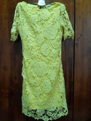 Yellow dress/ dinner