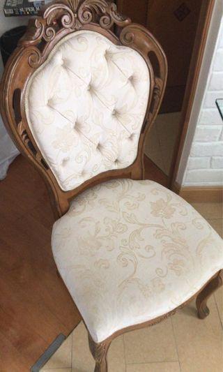 4張$200復古新淨木椅Vintage